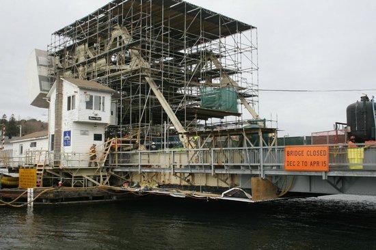 Mystic River Bascule Bridge:                   MysticBridge Repair - completion April 15, 2013
