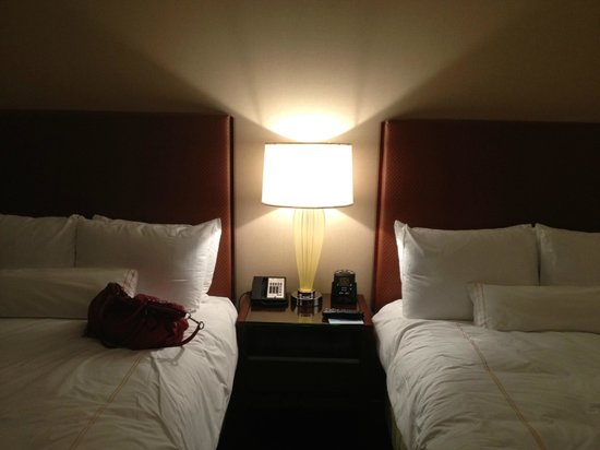 Hilton Orlando: Double bedded room