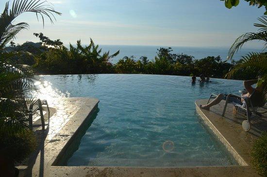 La Mariposa Hotel: Amazing Pool