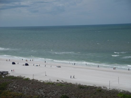Hilton Marco Island Beach Resort:                   View of the gulf from our 10th floor room
