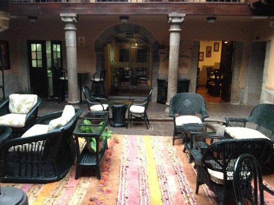 Tierra Viva Cusco Plaza :                   Sala de estar