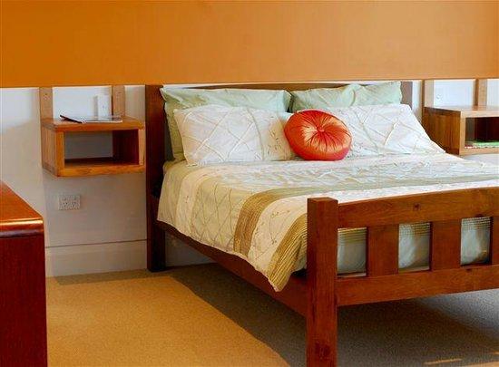 404 on Trafalgar: Apartment 3