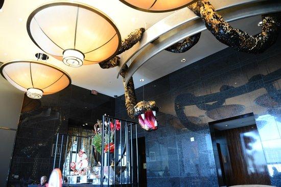 Mandarin Oriental, Las Vegas: Year of the snake decor in main Lobby