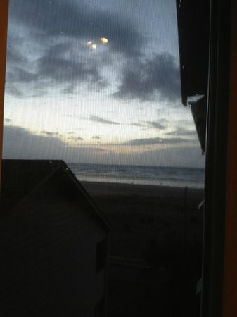 Seaside Oceanfront Inn:                                     view