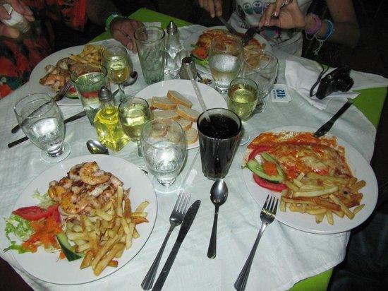 LD Le Flamboyant:                                                       Espectacular cena