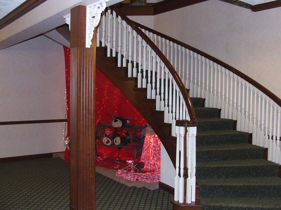 Carlisle Inn:                   stair case in basement