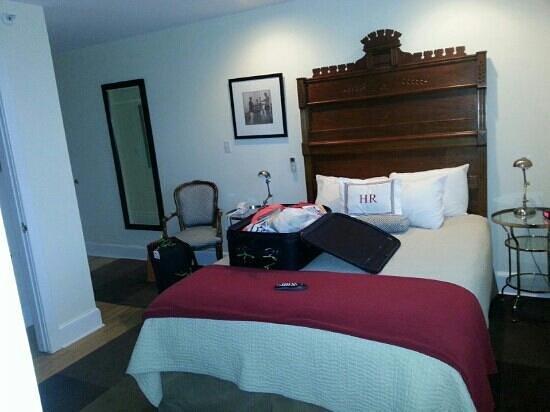Hotel Rodney:                                     Deluxe room