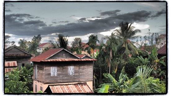 Bliss Villa:                   Beautiful View from the Upstairs Window!