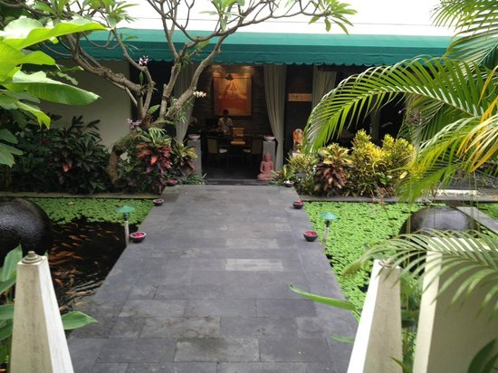 The Spa at The Breezes Bali Resort :                   .