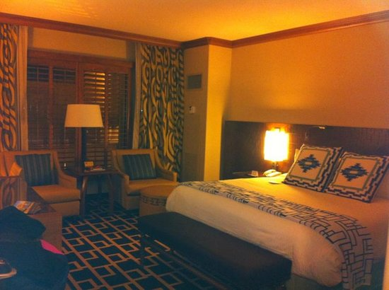 Sandia Resort & Casino: room