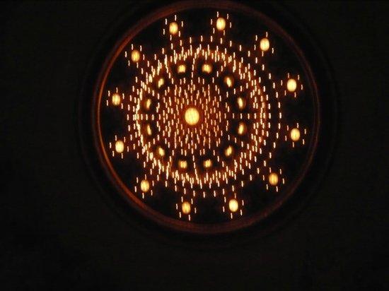 Teatro Colon: La araña de la sala principal