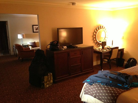 Omni William Penn Hotel:                   Huge suite