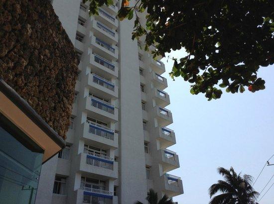 Decameron Cartagena:                                     Fachada