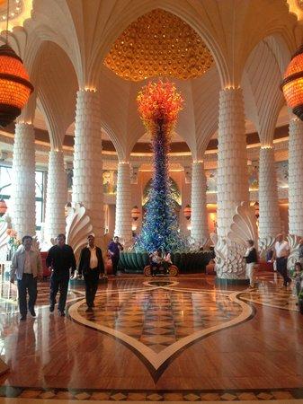 Atlantis, The Palm: Hotel Lobby... Beautiful!