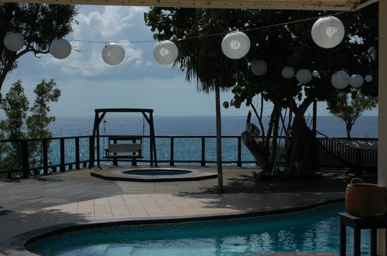 Villas Sur Mer:                   wedding set up by the pool