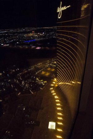 Wynn Las Vegas:                   Sideview from the room