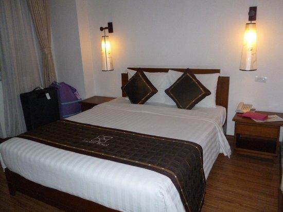 Hanoi Luxor Hotel:                   Bed