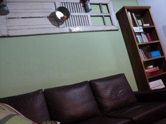Rio Hostel & Suites Santa Teresa:                   lobby
