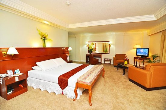 Grand Menseng Hotel: Our even more spacious Suite Room