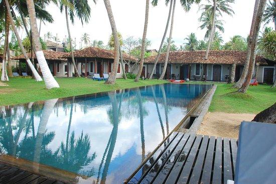 Apa Villa Thalpe:                   Apa Villa