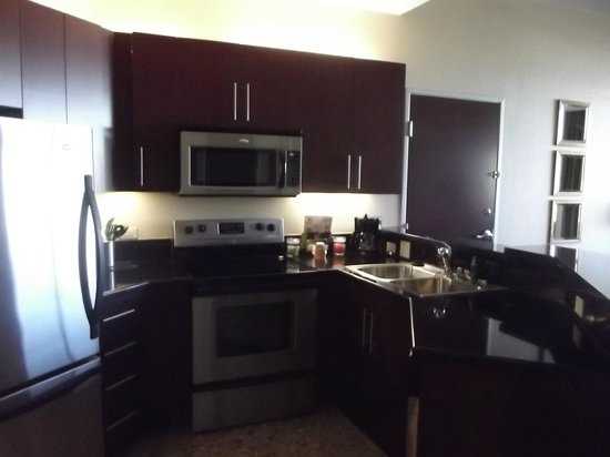 Staybridge Suites Las Vegas:                   kitchen