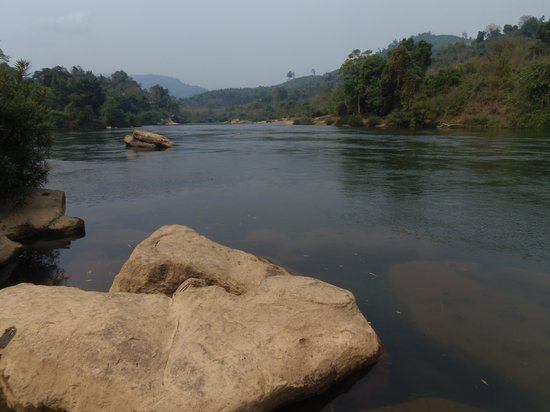 Nam Lik Eco-village:                   Nam Lik River in front of facility