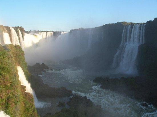 Exe Hotel Cataratas: Vista de las Cataratas desde Brasil.