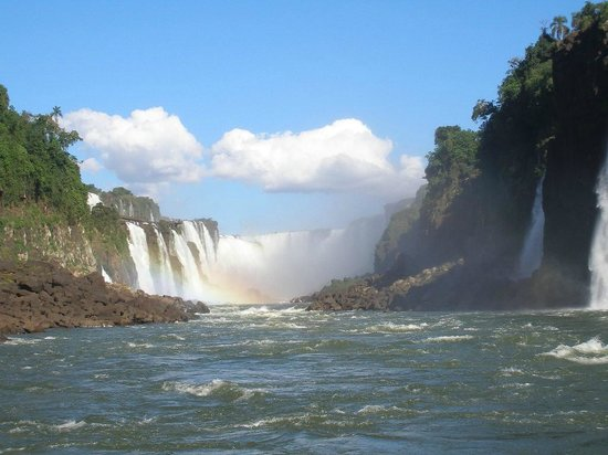 Exe Hotel Cataratas: Excursion Lancha lado Arg.
