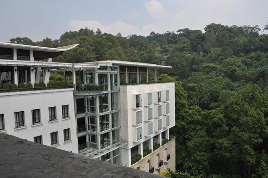Padma Hotel Bandung:                   View from lobby