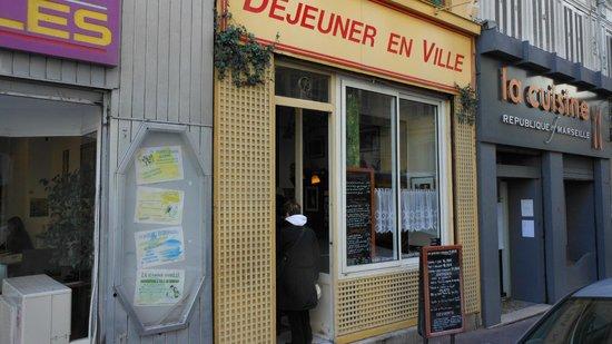 Dejeuner en Ville