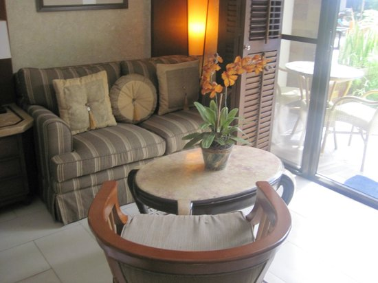 Henann Regency Resort & Spa:                   Sitting area