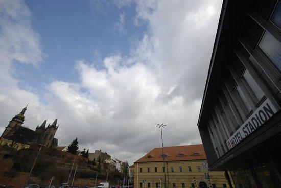Hotel Stadion:                   hotel outside