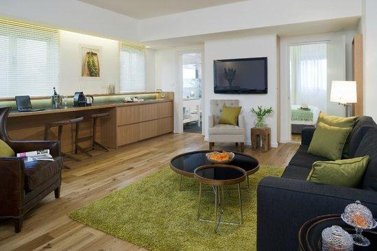 The Rothschild 71: Residence Suite Livingroom