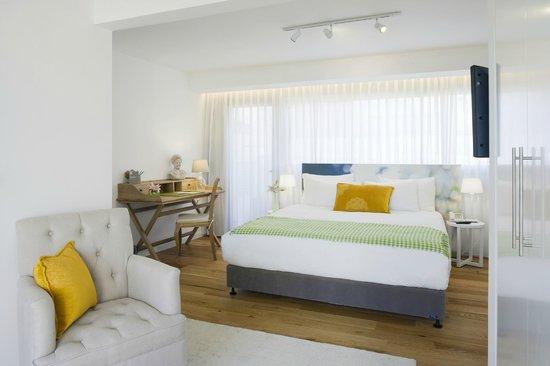 The Rothschild 71: the rothschild Suite Bedroom