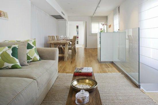 The Rothschild 71: the rothschild Suite Livingroom