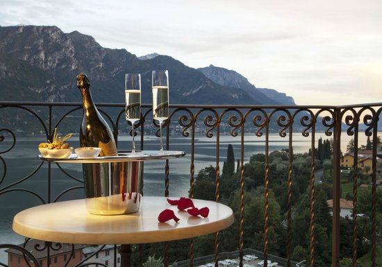 Hotel Belvedere Bellagio: Romantic Moment at Belvedere