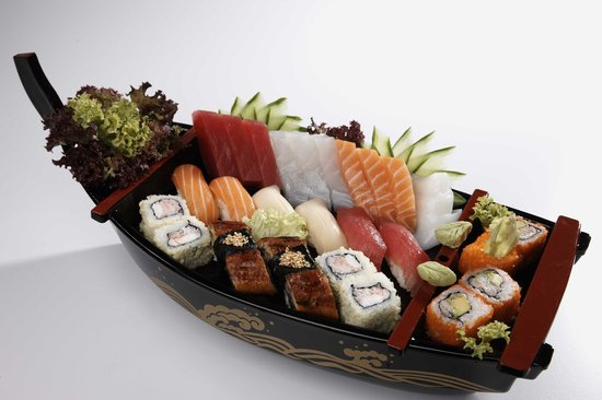 Osaka Sushi Lounge : Osaka Special Boat