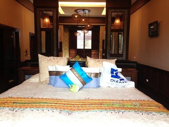 Ammatara Pura Pool Villa:                   спальня