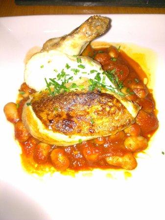 Regatta Restaurant: Delicious chicken.