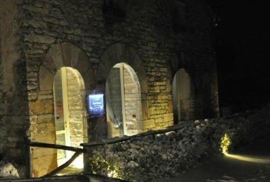 Relais Villa San Bastiano:                   Ingresso Relais San Bastiano