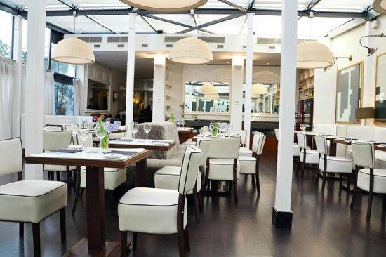โรงแรมพุลลิทเซอร์: Hotel Restaurant
