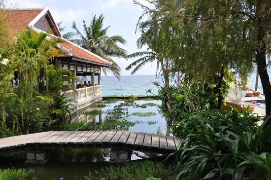 Evason Ana Mandara Nha Trang:                   Peaceful gardens
