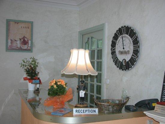 Hotel le Regent : réception