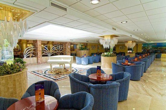 Servigroup Diplomatic: Bar/Lounge