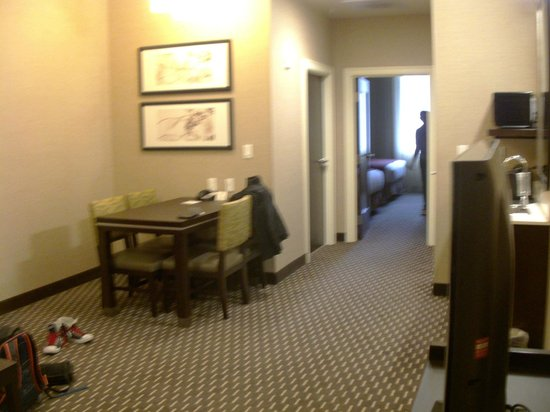 Embassy Suites by Hilton St. Louis - Downtown:                   Room