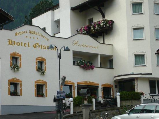 Sport & Wellnesshotel Gisela:                   Hotelul Gisela