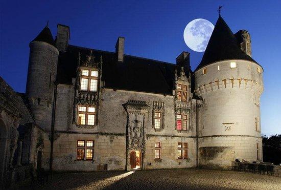 Chateau de Crazannes