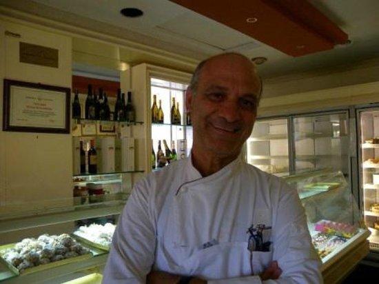 IL titolare Salvatore Cappello - Picture of Pasticceria Cappello ... a7c5503c3088