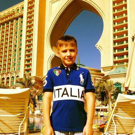 فندق اتلانتس ذا بالم:                   Royal Pool                 