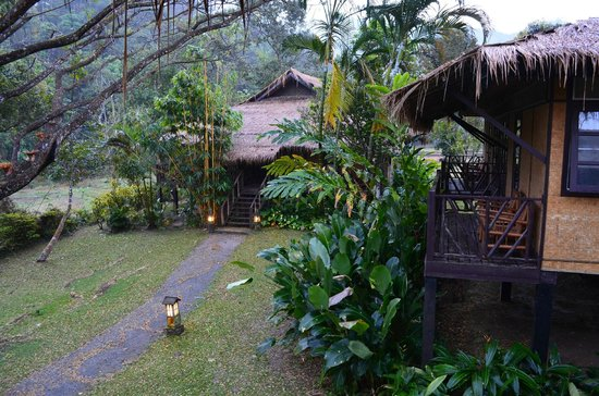 Hmong Hilltribe Lodge:                   The chalets
